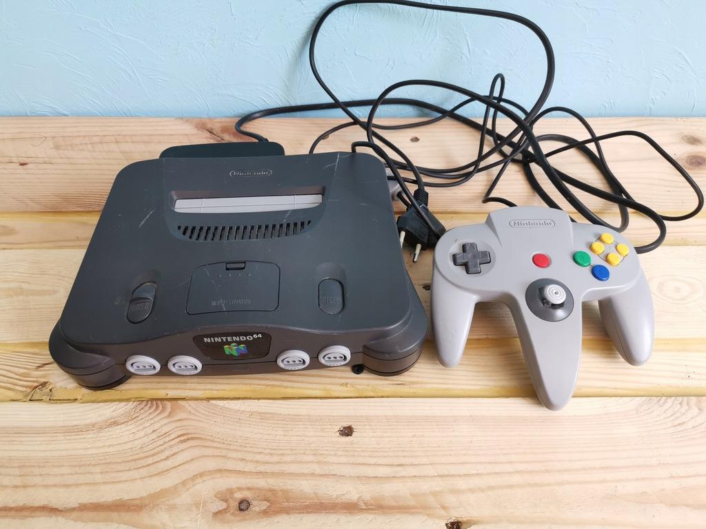 Konsola Nintendo 64 + pad + zasilacz