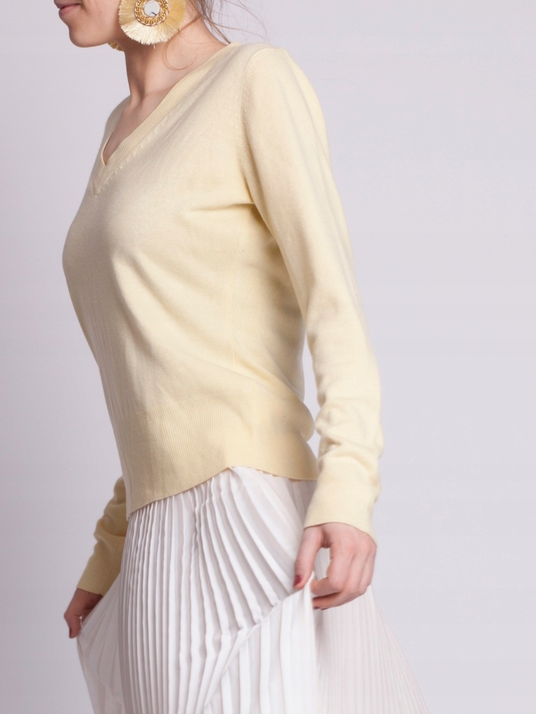 Second hand: Jasnożółty sweter w serek, Next