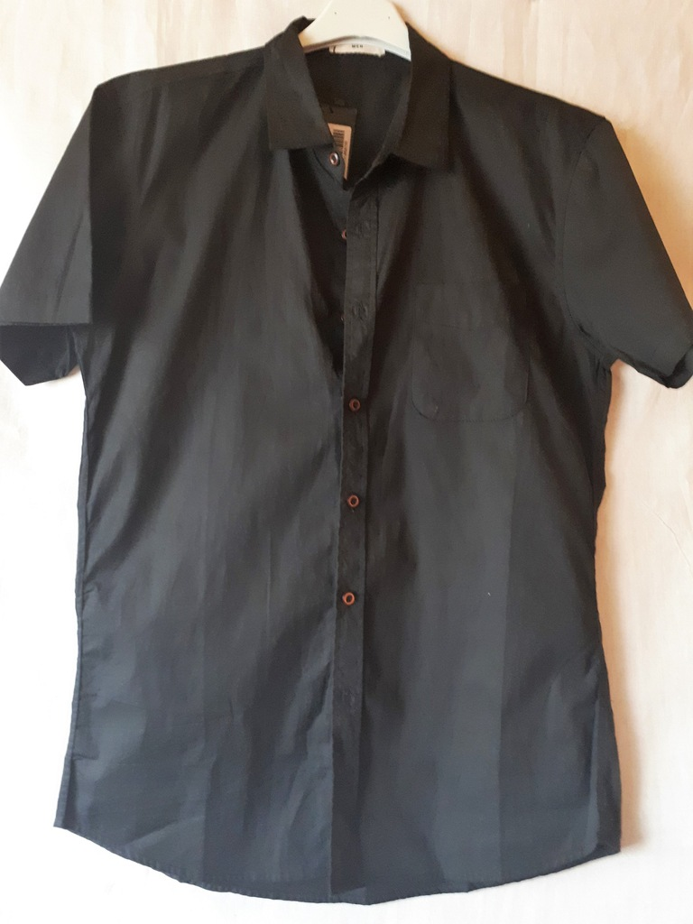 Koszula czarna z kieszonką krótki rękaw L