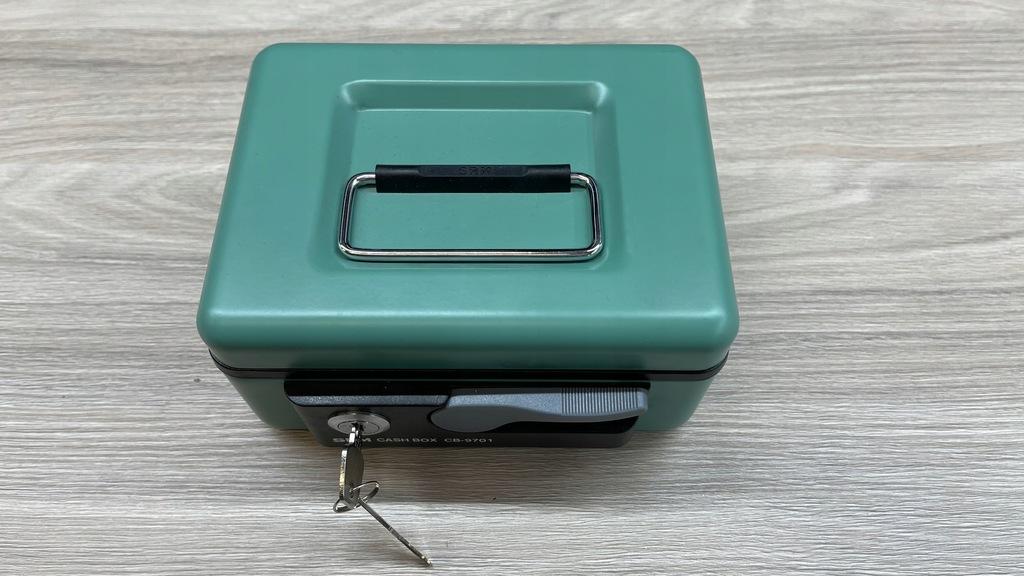 Metalowa kasetka na pieniądze SRM CASH BOX CB-9701