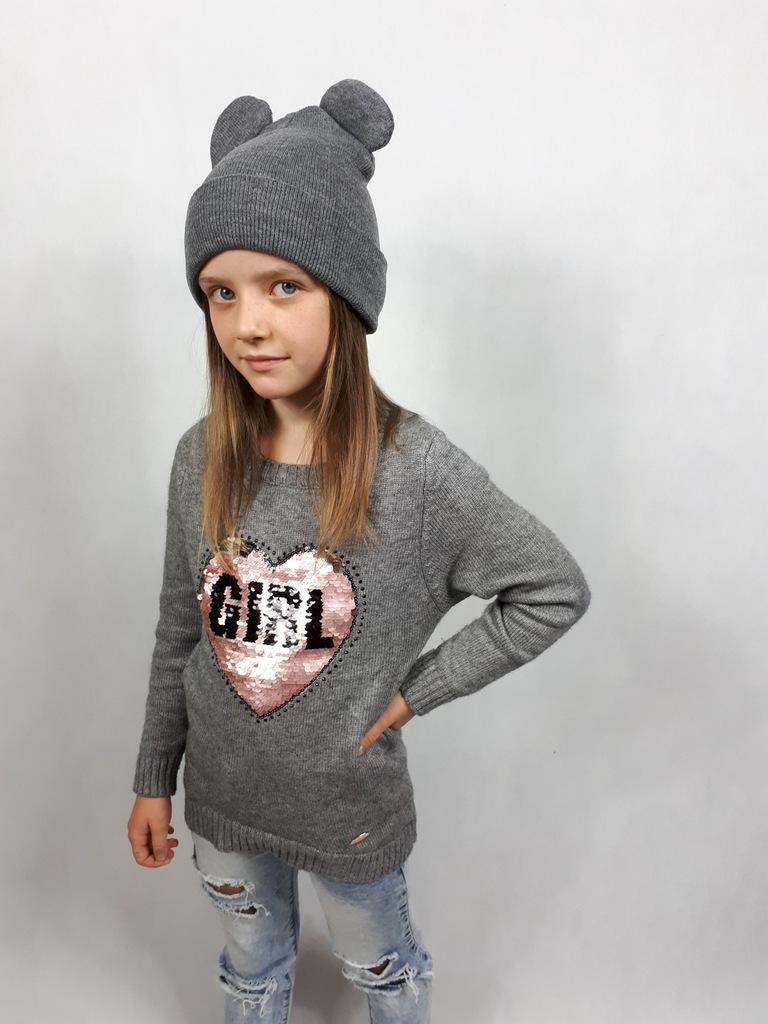Śliczny sweterek 122