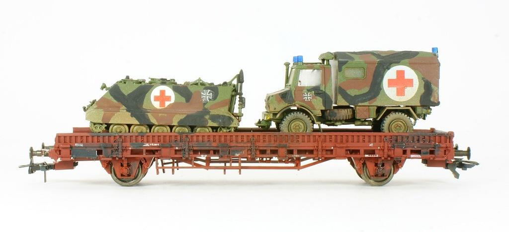 Roco. Wagon z pojazdem wojskowym DB IV ep.
