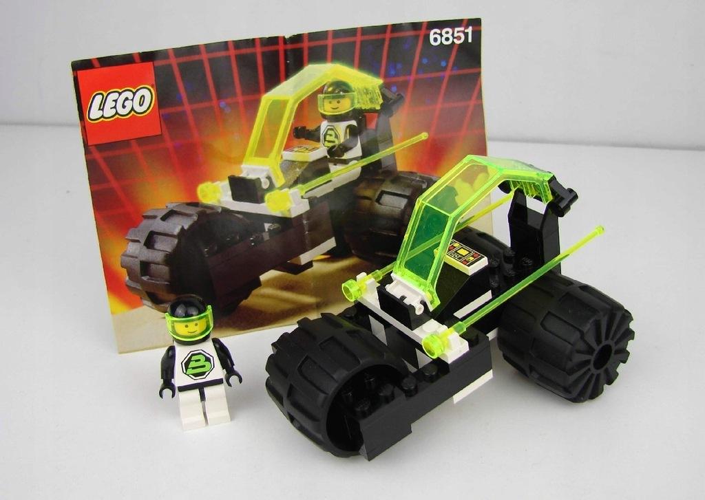 LEGO 6851 Tri-Wheeled Tyrax Space GBB