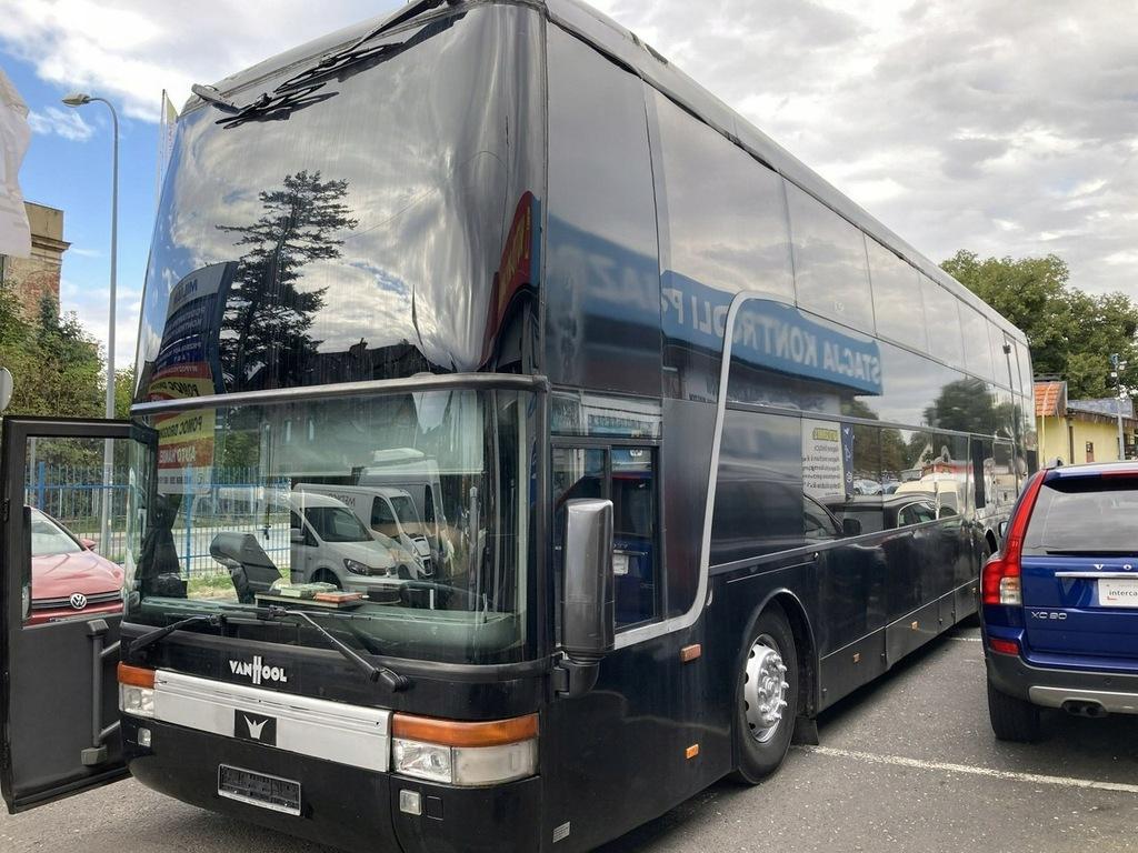 VAN HOOL Autobus Kamper Vipów zespołu Partybus