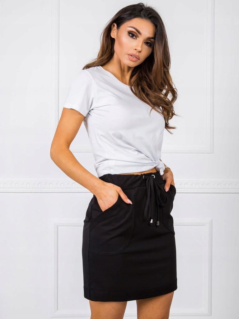 Czarna spódnica basic M