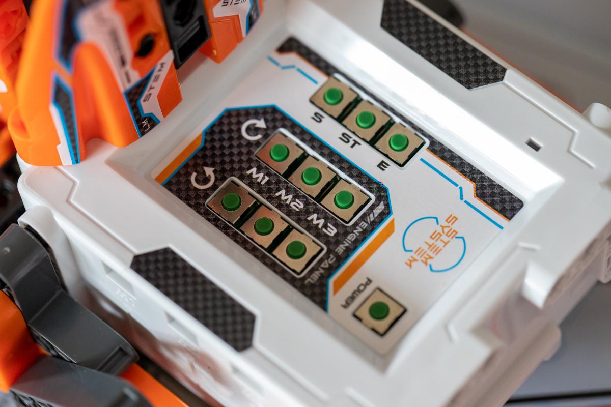Tlačidlá na kódovanie robota