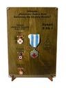 Ekspozytor NEW odznaki zasłużonego HDK imię prem
