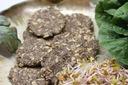 Mielony częściowo odtłuszczony len 500g Produkt nie zawiera antyzbrylaczy barwników cukru drożdży glutenu GMO jajek konserwantów laktozy nabiału oleju palmowego orzechów pestek pszenicy soi tłuszczy trans (utwardzanych)