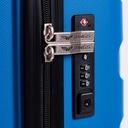 ŚREDNIA WALIZKA PODRÓŻNA WINGS POLIPROPYLEN PP07M Cechy dodatkowe na czterech kółkach z miejscem na laptopa z wysuwanym uchwytem z zamkiem TSA