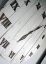 Zegar Shabby z desek z palet duży 60cm Waga (z opakowaniem) 3 kg