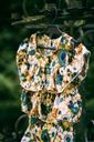 Zestaw dla dziewczynki szorty bluzka kwiaty 100 Długość przed kolano