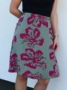 Spódnica lejąca Fuksjowe kwiaty s/m Kolor różowy zielony