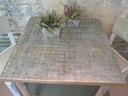 Stół w kwadracie rozkładany w antycznej malaturze Wysokość mebla 76 cm