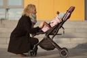 Wózek spacerowy SPACERÓWKA WALIZKA MoMi Estelle Waga wózka 7 kg