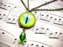 Podwójny naszyjnik z zielonym okiem, retro gothic Kolor dominujący zielony