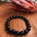 Czarny turmalin bransoletka 10mm kamień na ochronę Długość całkowita 15.5 cm