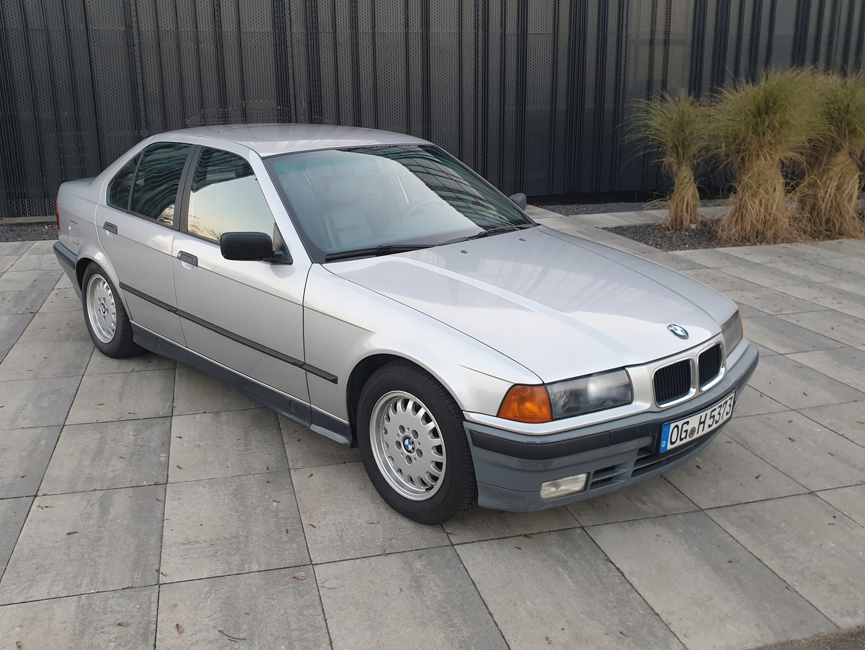BMW Seria 3 E36 1991 BMW 3 (E36) 325 i 192 KM 2 wł skóra automat