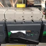 Rozłącznik izolacyjny INS400 3P 400A 31110