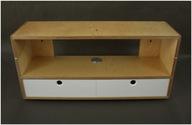 Konsolka wisząca z opcją biurka / biurko składane