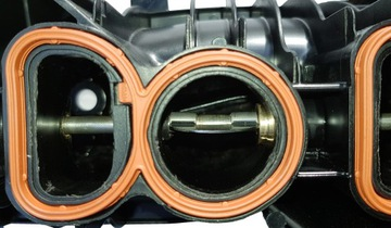 Колектор bmw 2.0d n47 e60 e81 e90 x1 x3 320d 520d - фото 2
