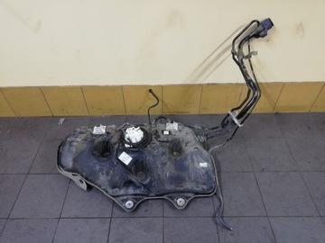 бак топливо toyota camry hybrid 2019 2020 - фото