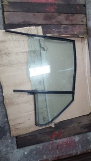 стекла kia carens 3 левый зад - фото