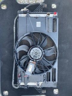 радиатор кондиционера i вентилятор volvo v50 - фото