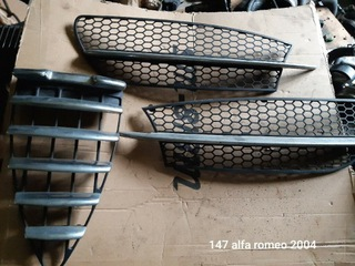 решетка alfa romeo 147 2004r. комплект - фото