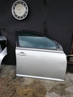 двери правое toyota avensis 2007r. - фото