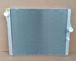 радиатор воды bmw m3 f80 m4 f82 новая оригинальная - фото