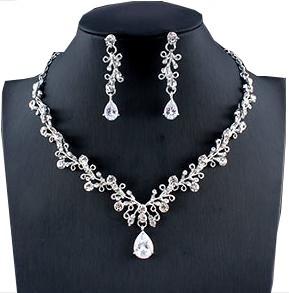 Biżuteria ślubna przepiękny komplet cyrkonie łezka