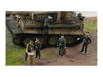 Фигурки 5 солдат в танке - Otto Carius - 1/72 доставка товаров из Польши и Allegro на русском