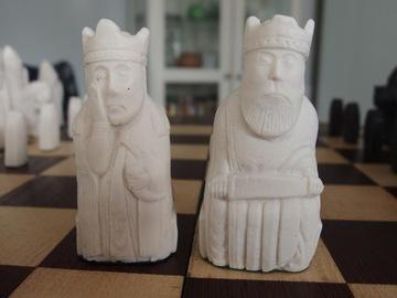 Шахматы, вдохновленные фигурами с Левис! Большой, Литой. доставка товаров из Польши и Allegro на русском