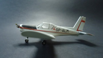 самолет ZLIN-42M русская версия-масштаб 1/72 АКЦИЯ доставка товаров из Польши и Allegro на русском