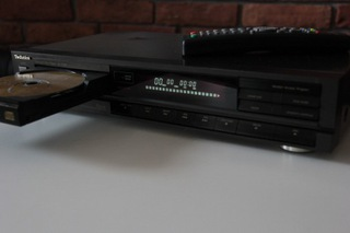 Проигрыватель КОМПАКТ-дисков марки TechnicsSLP230+пульт дистанционного управления доставка товаров из Польши и Allegro на русском