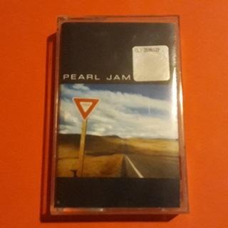PEARL JAM Yield - kaseta magnetofonowa доставка товаров из Польши и Allegro на русском
