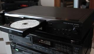 SONY CDP XE210-CD-проигрыватель+пульт дистанционного управления доставка товаров из Польши и Allegro на русском