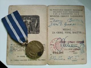 Медаль за Одру, Нисе и Балтык - с удостоверением личности  доставка товаров из Польши и Allegro на русском
