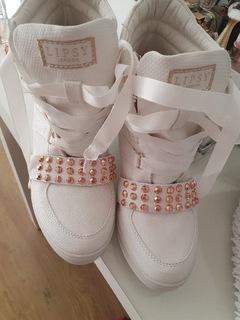 Buty Sneakersy Lipsy London  доставка товаров из Польши и Allegro на русском
