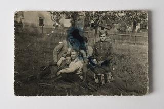 Солдаты, Пистолет ТТ и P08 Парабеллум 1945 доставка товаров из Польши и Allegro на русском