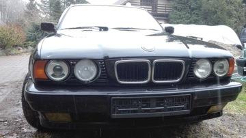 BMW E34 СТЕКЛО ЛОБОВОЕ