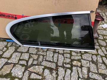 BMW F21 СТЕКЛО БОКОВОЕПРАВАЯ KAROSERYJNA ЗАДНЯЯ ХРОМ