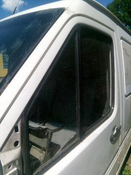 СТЕКЛО VW LT 35 DOOBELKABINA 2000R