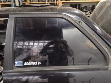 СТЕКЛО ЗАДНЯЯ ЛЕВА BMW E30 COUPE
