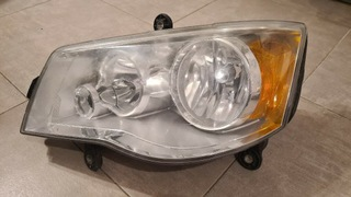 ФАРА ФАРА CHRYSLER TOWN AND COUNTRY V 08-17