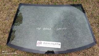 СТЕКЛО ЗАДНЯЯ VW BORA СЕДАН 98-2004