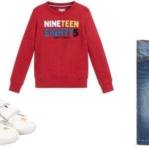 e32f921f35 Bluzy z napisami - nie tylko na sportowo. Sprawdzone stylizacje dla chłopca.