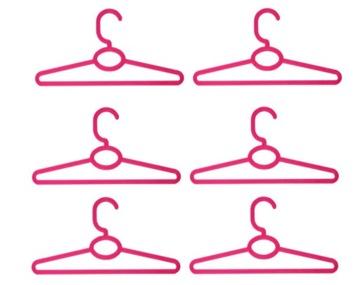 Vešiaky na šaty pre bábiky Tonner MINIATURES