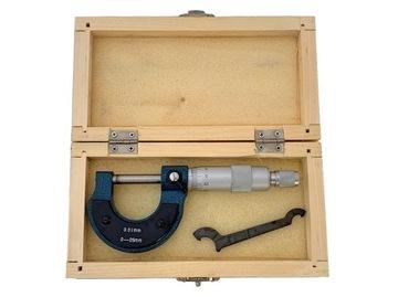 Vonkajší mikrometer 0-25 / 0,01 mm drevený box
