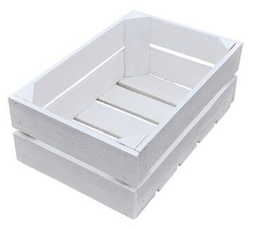 Drevený box ozdobený biely kontajner